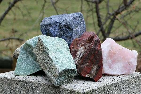 Геммологическая экспертиза камней в Москве