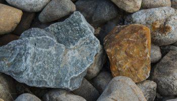 Где сделать экспертизу камня