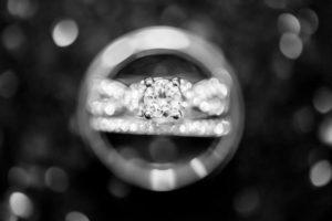 Экспертиза драгоценных металлов и камней в Москве