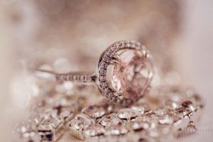 Оценка бриллианта в Москве