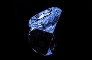 Как оценить бриллиант в Москве